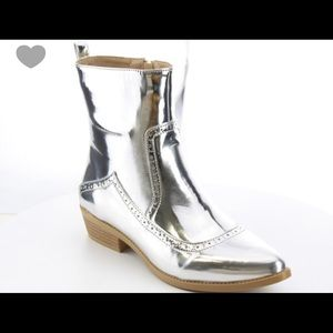 Shoes - Silver Metallic Booties